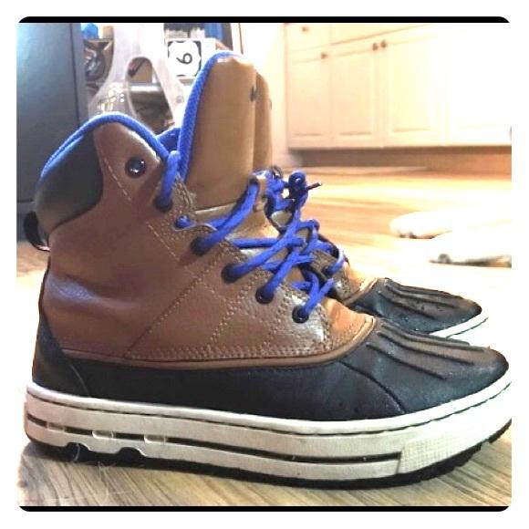 05a6b34cae NIKE ACG Snow Boots Winter Boots Sneakers. M 5a80d01b1dffdac6670d292b